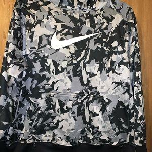 Nike Therma fit Hoodie XL
